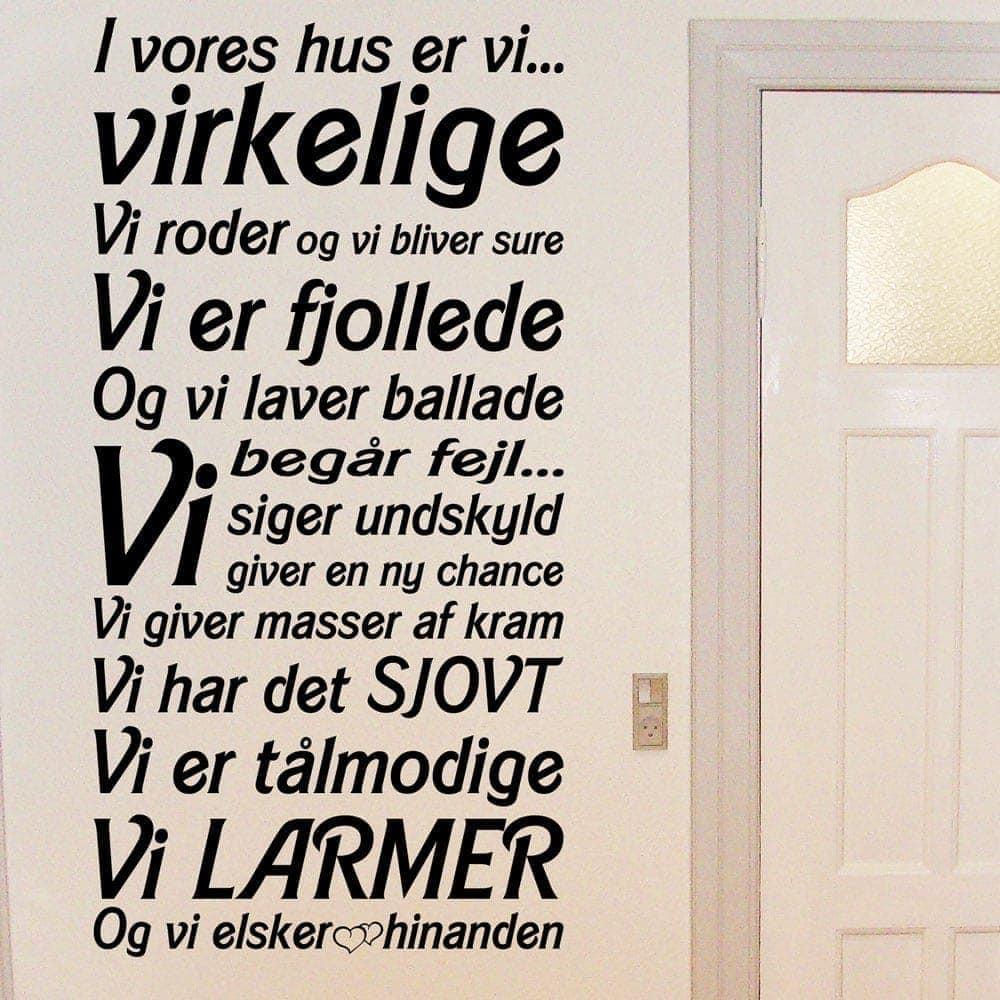 wallstickers citater på dansk I Vores Hus – wowo.dk – Wallstickers i god dansk kvalitet wallstickers citater på dansk